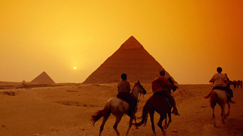 Middle East Egypt Pyramids Horses 1