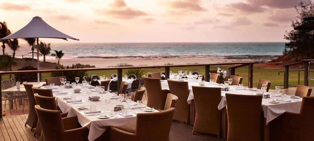 Australia Cable Beach Club Resort and Spa Sunset Bar and Grill