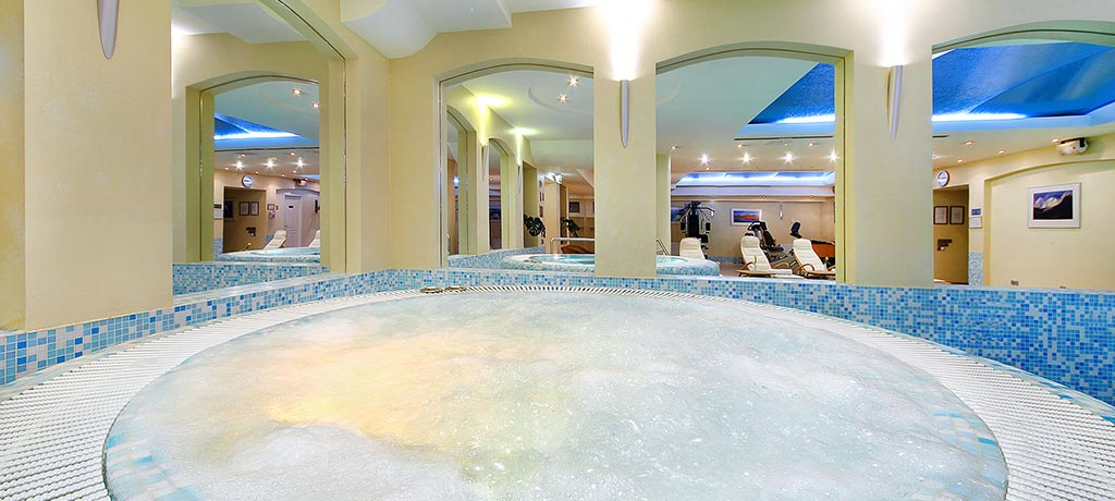 Lithuania Radisson Blu Royal Astorija Hotel Jacuzzi