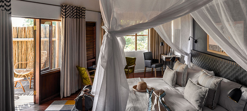 africa-zambia-mosi-oa-tunya-national-park-sanctuary-sussi-and-chuma-guest-room