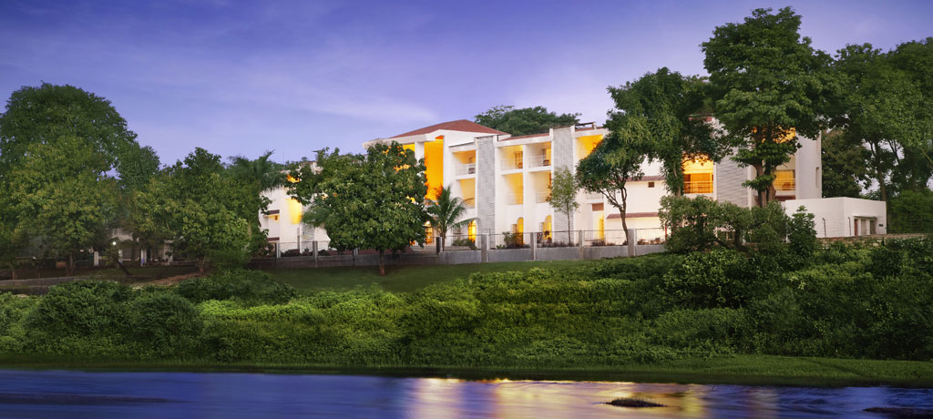 asia india gujarat the gateway hotel gir forest exterior