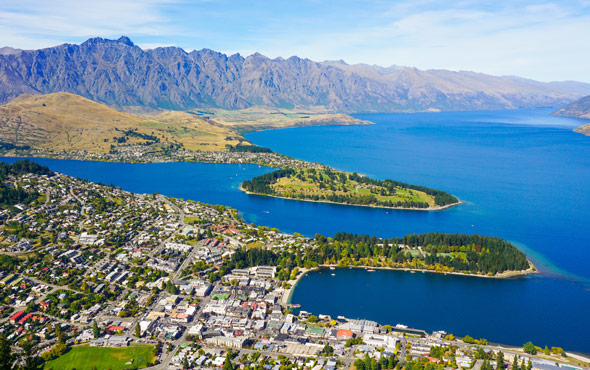Tailor Made New Zealand: Adventure by Land, Air & Sea