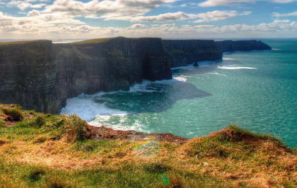 Europe-Ireland-Splendors-Emerald-Isle-Cliffs-Moher-2