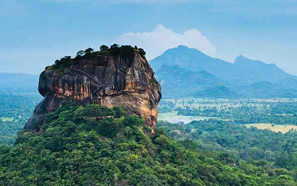 Sri Lanka: Island of Temples & Trade Winds