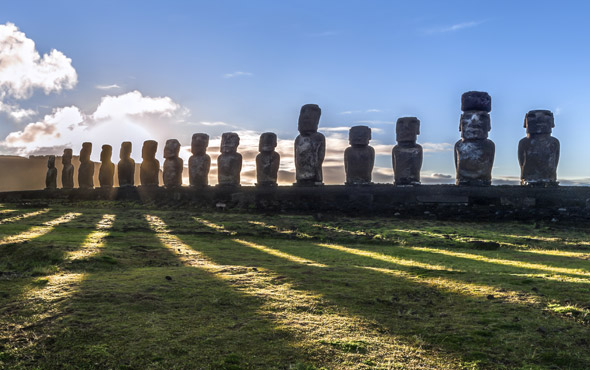 Easter Island & the Tapati Festival