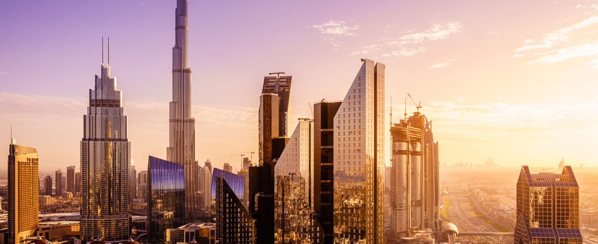2020-Middle-East-UAE-Dubai-Skyline-mh