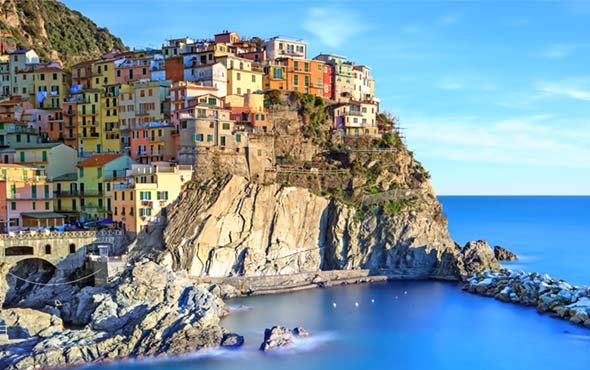 2020-Connections-Europe-Italy-Jewels-North-Cinque-Terre-2up