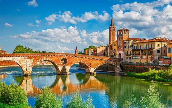 Europe Italy Cruise Post-Tour Ext Verona River
