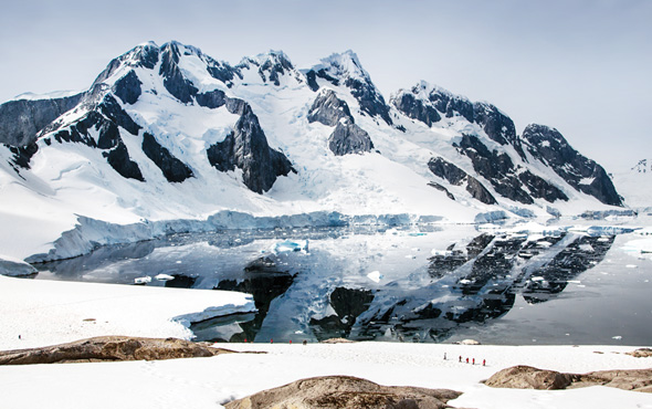 Antarctic Discovery Guests on Shore