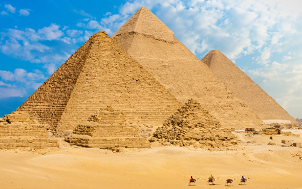 Africa-Middle-East-Egypt-Giza-Pyramids-2up